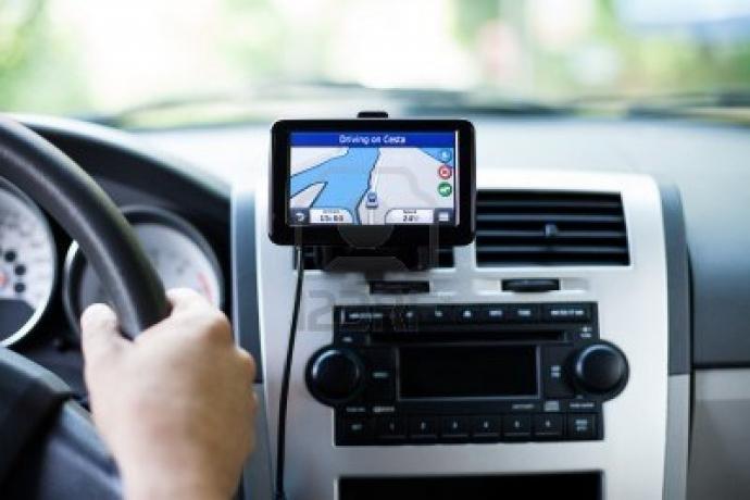 Các tài xế lưu ý . Luật số 23/2008/QH12 Điều 65 Quy định tài xế không được lái xe quá 10h 1 ngày và liên tục quá 4h.